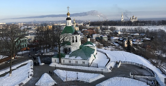 Никольская и Спасская церкви. Смотровая площадка внизу.